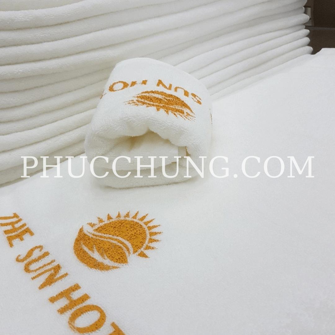 Khăn tắm khách sạn tiêu chuẩn 65×130 350g
